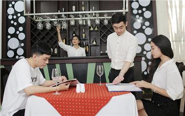 Trải nghiệm Môi trường học tập năng động, chuẩn 'sao' ngành Du lịch tại Đại học Duy Tân