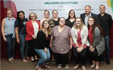 Sinh viên Duy Tân Giao lưu Văn hoá với Giảng viên và Sinh viên Đại học Keuka (Mỹ)