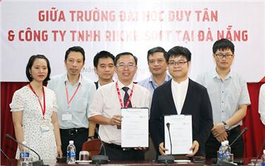 Đại học Duy Tân Ký kết Hợp tác với Công ty Rikkeisoft