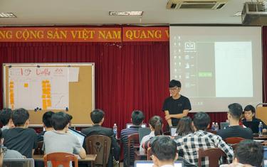 Sinh viên Duy Tân Tham gia Khóa học Scrum của Công ty Axon Active