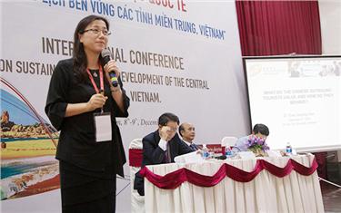 """""""Phát triển Du lịch Bền vững các tỉnh miền Trung"""": Thực trạng và Đề xuất"""