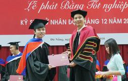 Lễ Phát bằng Tốt nghiệp Đại học - Cao đẳng tháng 12/2017