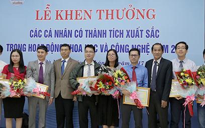 Đà Nẵng Trao thưởng cho các Nhà Khoa học của Đại học Duy Tân