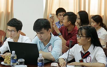 Trao giải cho các Ý tưởng Khởi nghiệp Xuất sắc - DTU Startup 2018