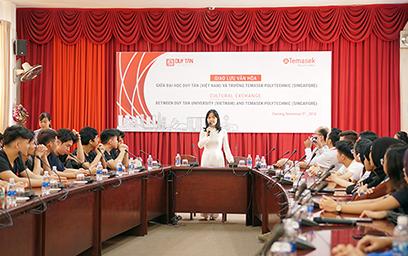 Giao lưu giữa Sinh viên Đại học Duy Tân và trường Temasek Polytechnic