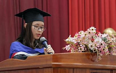Tân Cử nhân, Kỹ sư, Kiến trúc sư nhận Bằng Tốt nghiệp đợt tháng 3/2018