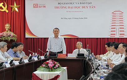 Bí thư Thành ủy Đà Nẵng đến thăm và làm việc với Đại học Duy Tân