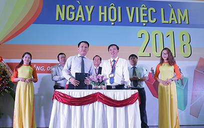 Hơn 2.500 Hồ sơ được Tiếp nhận trong Ngày hội Việc làm 2018