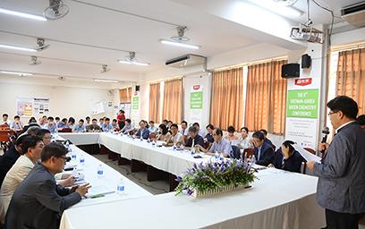 Các Nhà Khoa học Chia sẻ Kiến thức về Hóa học xanh tại Đại học Duy Tân