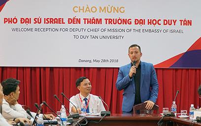 Phó Đại sứ Israel tại Việt Nam Đến Giao lưu với Sinh viên Duy Tân