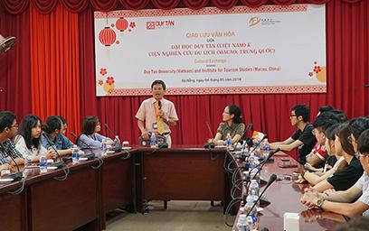 Sinh viên Duy tân Giao lưu với Đoàn Sinh viên Viện Nghiên cứu Du lịch Macao