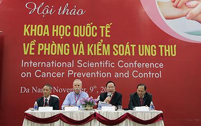 Phòng và Kiểm soát Tác nhân Ung thư từ Kiểm soát Thói quen Sinh hoạt