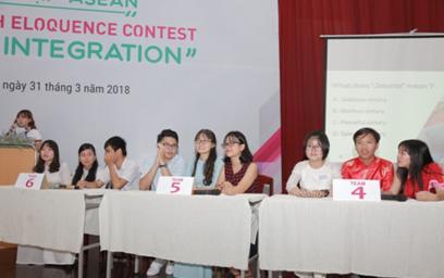 """Học sinh Quảng Nam, Đà Nẵng Hào hứng với Hội thi tiếng Anh """"Hội nhập ASEAN"""""""