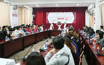 Sinh viên DTU Giao luu cùng tru?ng Temasek Polytechnic