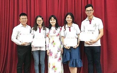 """Sinh viên Duy Tân giành giải Ba """"Quảng bá du lịch"""" tại ASEAN Creative"""