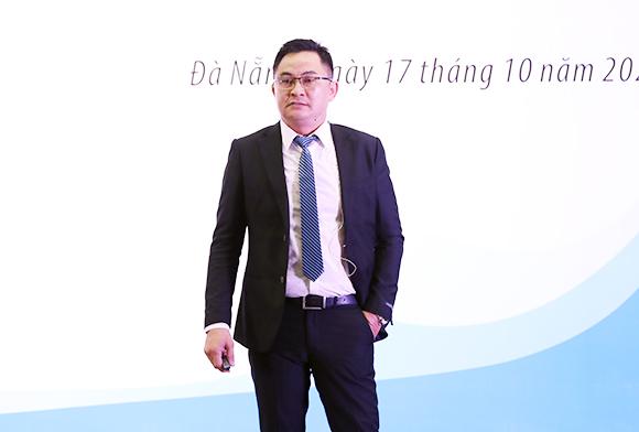 """Trò chuyện cùng Chuyên gia với chủ đề """"Thái độ Quyết định Thành công"""" tại Đại học Duy Tân"""