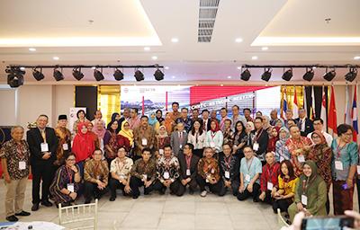 M?ng lu?i trao d?i th?c t?p sinh ASEAN: Co h?i l?n dành cho sinh viên Duy Tân