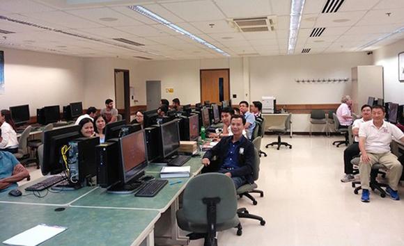 Các giảng viên ĐH Duy Tân tham gia tập huấn chuyên môn tại ĐH Purdue để đào tạo Chương trình Tiên tiến 2 ngành Điện-Điện tử và Cơ Điện tử