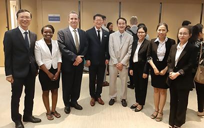 Sinh viên Duy Tân giành giải Khuyến khích STR Asia Pacific Market Study tại Hong Kong
