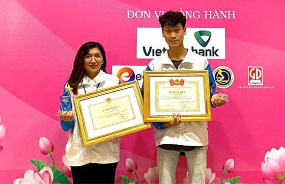 Sinh viên Duy Tân nhận Bằng khen vì có Thành tích Xuất sắc trong Học tập và làm theo Tư tưởng, Đạo đức Hồ Chí Minh