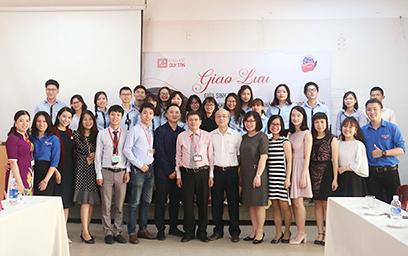 Giao lưu giữa Sinh viên Đại học Duy Tân với Sinh viên Học viện Ngoại giao Việt Nam