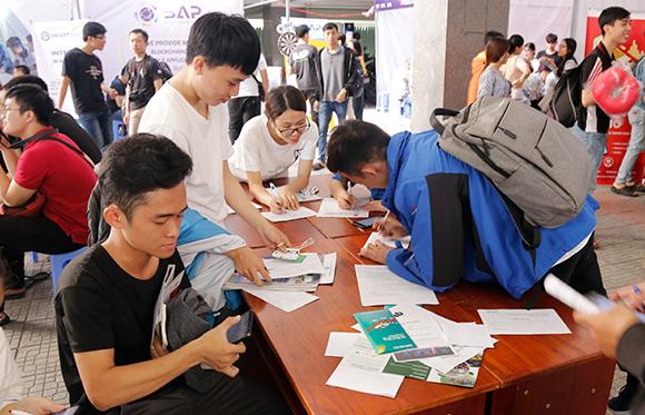 Tuyển dụng gần 1.000 việc làm tại Ngày hội việc làm ngành CNTT