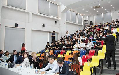 Chương trình Hướng nghiệp của Công ty Phát triển Nam Hội An tại Đại học Duy Tân