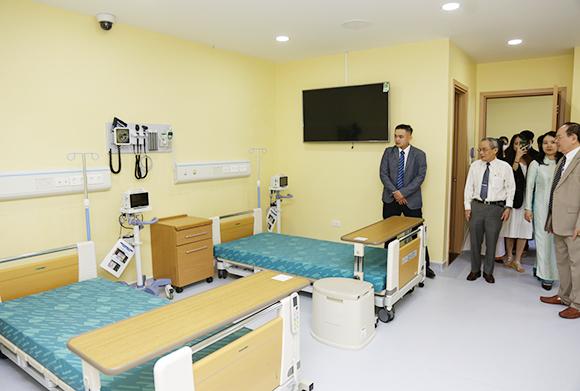 Đại học Duy Tân nhận phòng thực hành kỹ năng điều dưỡng đối tác Nhật tài trợ