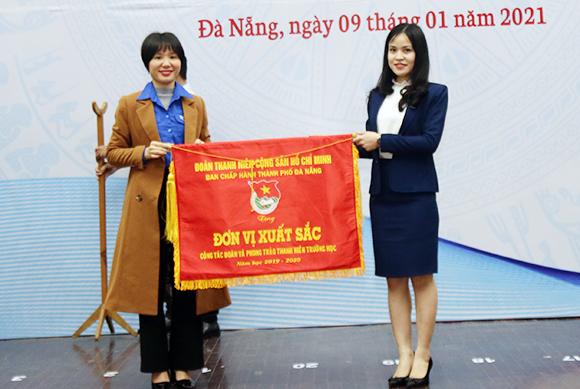 Lễ kỷ niệm 71 năm ngày Truyền thống Học sinh Sinh viên Việt Nam và Trao học bổng cho Sinh viên của Đại học Duy Tân