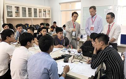 Đại học Duy Tân - Đại học thứ 2 của Việt Nam đạt chuẩn Kiểm định ABET của Mỹ