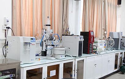Nhà thuốc Đại học là nơi sinh viên ngành Dược sĩ Đại học thực tập đồng thời cung cấp thuốc đảm bảo chất lượng cho người dân trên địa bàn Tp. Đà Nẵng