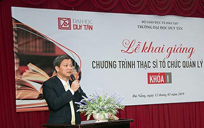 TS Nguyễn Minh Lợi, Phó cục trưởng Cục Khoa học Công nghệ & Đào tạo, Bộ Y tế, phát biểu tại Lễ Khai giảng
