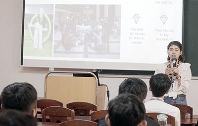 Schneider Electric Vietnam Giao lưu với Sinh viên Khoa Điện - Điện tử