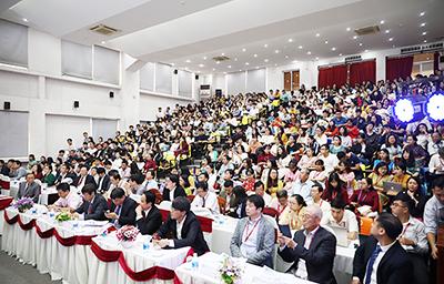 Đại học Duy Tân Phối hợp với Bệnh viện Trung ương Huế Tổ chức Hội thảo về Khoa học Sức khỏe