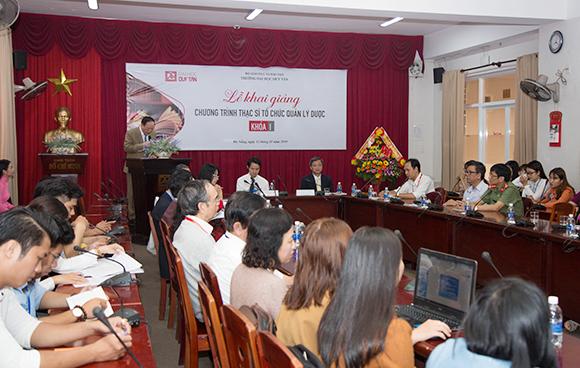 Khai giảng Chương trình Thạc sĩ Tổ chức Quản lý Dược khóa I - 2019