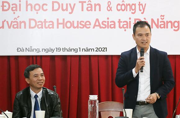 Ð?i h?c Duy Tân Ky´ kê´t Ho?p ta´c vo´i Công ty C? ph?n Tu vâ´n Datahouse Asia ta?i Ða` Na~ng