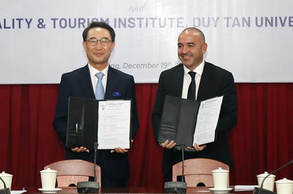 Nhà trường hợp tác với Doanh nghiệp để Đào tạo nhân lực ngành Du lịch