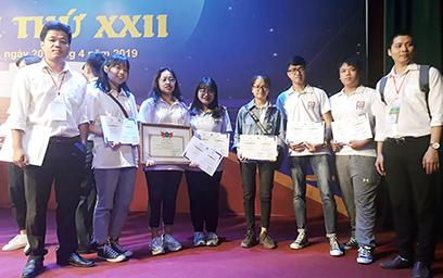 SV Duy Tân giành giải nhì và khuyến khích tại Kỳ thi Olympic Vật lý SV toàn quốc 2019