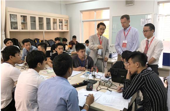 VN Top 10 châu Á - Thái Bình Dương về công bố quốc tế chất lượng cao