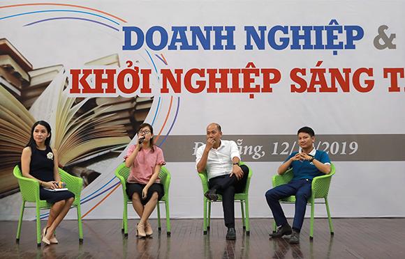 Tọa đàm Sinh viên Khoa Quản trị Kinh doanh của Đại học Duy Tân với Doanh nghiệp và Khởi nghiệp sáng tạo