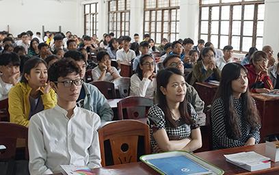 Đại học Duy Tân trao Học bổng cho Học sinh Trung học Phổ thông