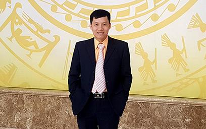PGS. TS. Nguy?n Quang Hung, Vi?n tru?ng IFAS, Ð?i h?c Duy Tân