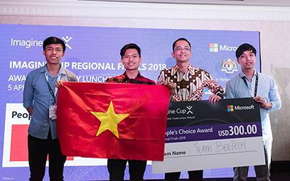 Đội tuyển BeeTech (ĐH Duy Tân) nhận giải Bình chọn tại chung kết Imagine Cup châu Á 2018
