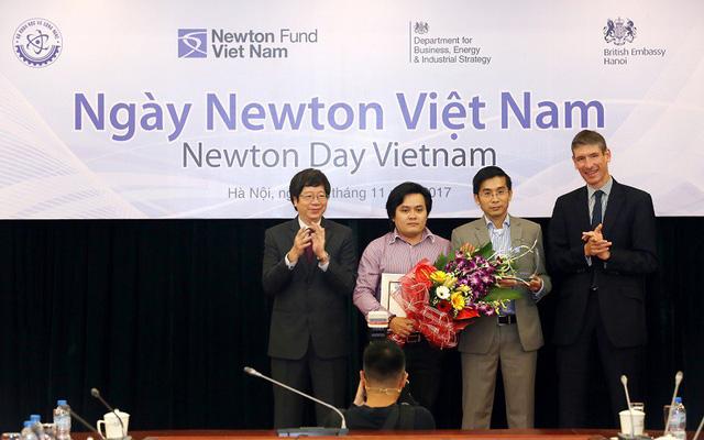 Trao Giải thường Newton Việt Nam cho Dự án Nghiên cứu Xuất sắc