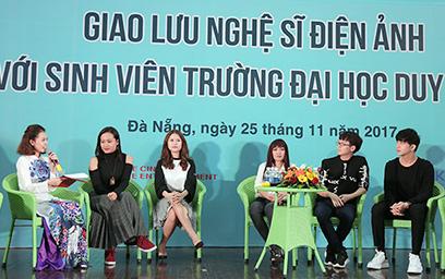 Đoàn Nghệ sĩ Điện ảnh Truyền lửa Đam mê cho Sinh viên Đại học Duy Tân