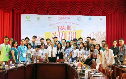 Đại học Duy Tân Tài trợ Chương trình Trại hè San hô
