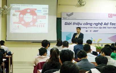 """Tọa đàm """"Cộng đồng Đông Á: Từ Ý tưởng đến Hiện thực"""""""