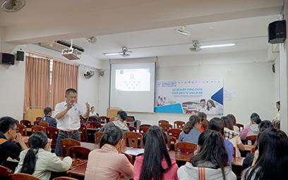 """Giao lưu """"Sự nghiệp Vững chắc Khởi đầu từ Unilever"""" tại Đại học Duy Tân"""