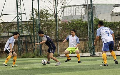 Khai mạc Giải bóng đá Mini Nam Truyền thống Đại học Duy Tân lần thứ IX
