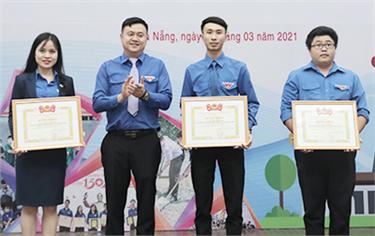 Đoàn trường Đại học Duy Tân tổ chức Lễ kỷ niệm 90 năm ngày Thành lập Đoàn TNCS Hồ Chí Minh